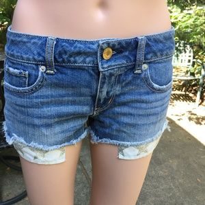American Eagle Outfitters - Light Wash Shorts 0